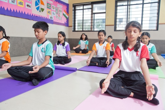 http://ghatkopar.universalschool.edu.in/wp-content/uploads/2014/10/Yoga.jpg